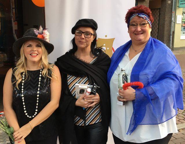 Die drei Teilnehmerinnen der Shoppinghelden-Aktion